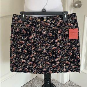 NWT Mossimo corduroy skirt size 10